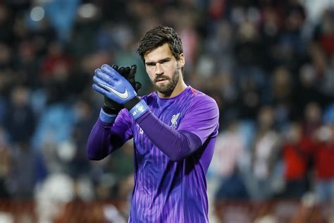 Liverpool FC star Alisson Becker on stopping PSG and