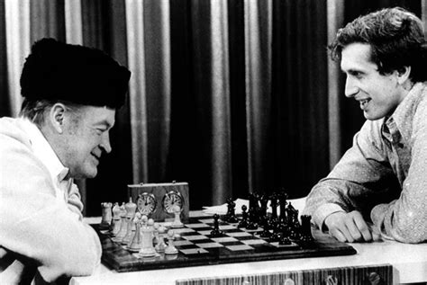 Who is this playing bobby fischer? - Chess Forums - Chess
